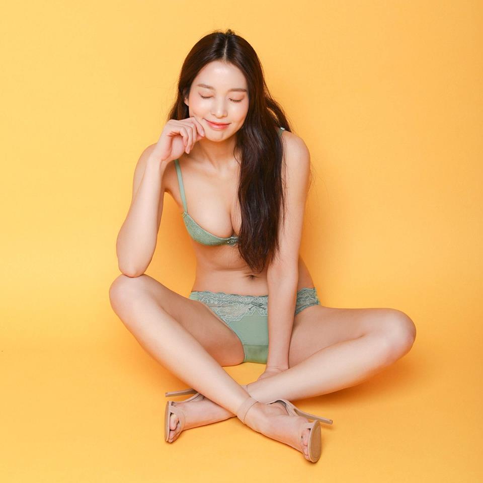 트렌디 란제리 브랜드 '섹시쿠키'